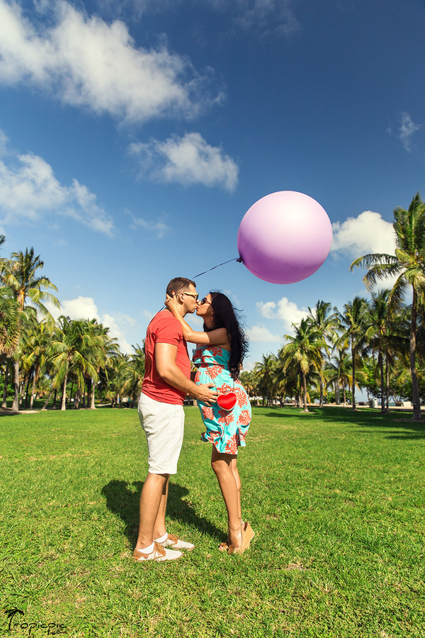 miami beach maternity photoshoot