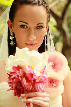 Professional bridal and wedding photographer