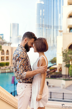 romantic couple photoshoot in Dubai