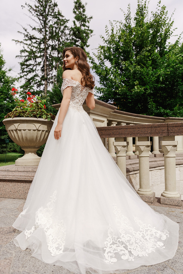 wedding dress catalog photographer