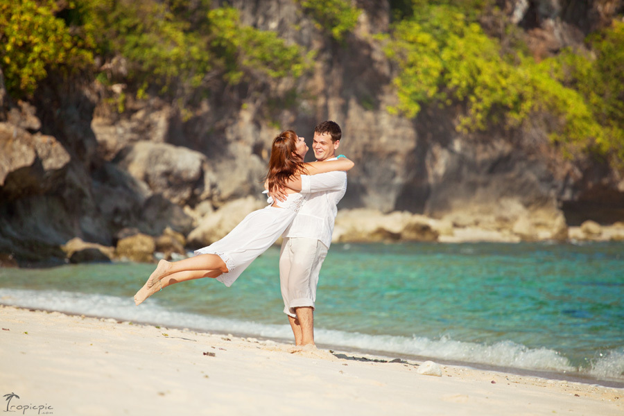 Modern Pre Wedding Photographers Bali Indonesia Tropicpic
