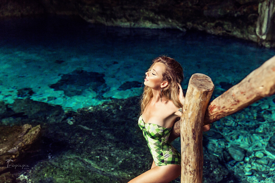 Fashion photoshoot in maya cenote in Mexico