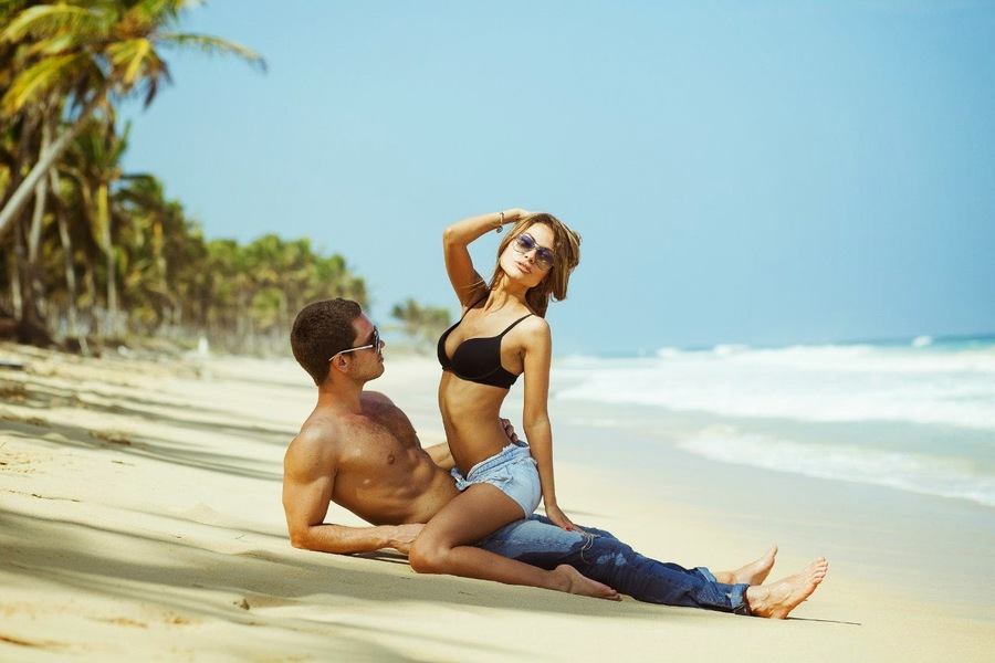 Dominican Republic - surfing, happiness and lovely couple at the Macao beach photoshoot