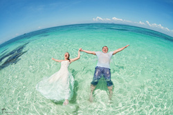 Top pre wedding and honeymoon photographers